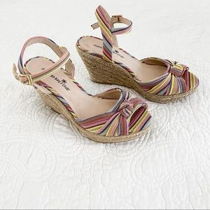 Montego Bay Club Colorful Stripe Wedges Size 7